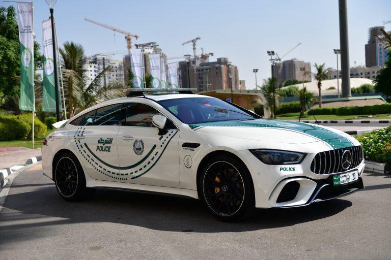 以稀有度或性能表現來看,Mercedes-AMG GT 63 S可能還不是杜拜警...