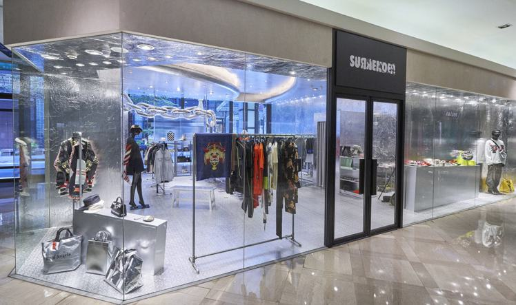 新光三越A9導入新加坡知名選物店Surrender帶來Off-White系列商品...