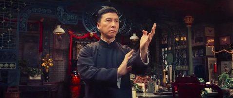 號稱長達42年的「星際大戰」系列最終章「Star Wars:天行者的崛起」在北美正式上映後,首周末3天票房可望逼近2億美元,但在華人區除了香港表現還不惡,台灣與中國大陸都輸給「葉問4:完結篇」。「S...