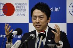 日環境大臣小泉進次郎:年輕人不要學環保少女