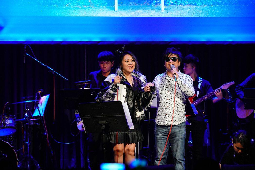 亦帆(左)邀請王俊傑擔任嘉賓。圖/秩立娛樂工作室提供
