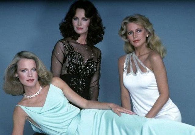 莎莉海克(左起)、賈桂琳史密斯、雪莉賴德是第3代的「霹靂嬌娃」組合。圖/摘自im...