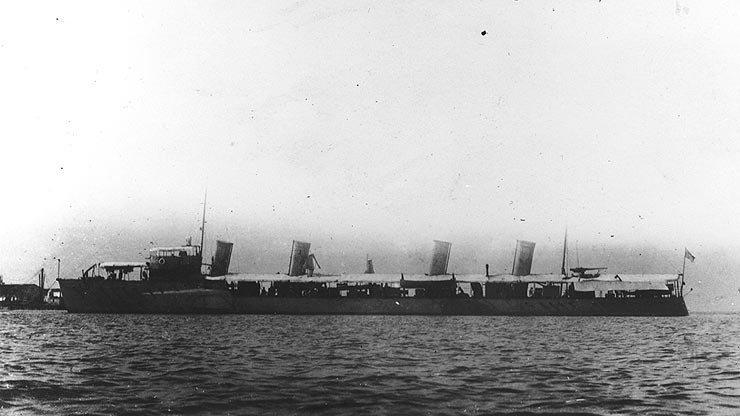 美國海軍史上第一艘驅逐艦班布雷奇號,1903年服役,600噸的排水量,以如今標準...