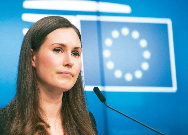 年僅34歲的芬蘭社會民主黨黨魁馬林(Sanna Marin)本月10日正式成為總...