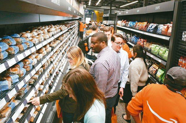 在讓消費者盡可能輕鬆購物的競賽裡,許多企業轉向似乎不太可能在現實生活中實現的策略...