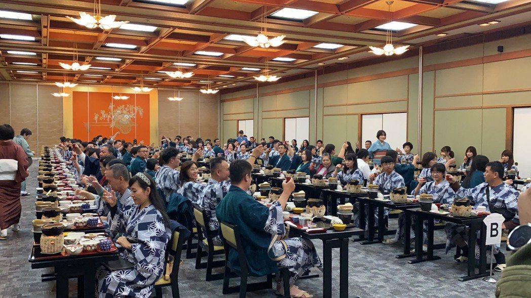 幸福家員工旅遊下榻九州高級溫泉飯店,大啖日本美食。 業者/提供