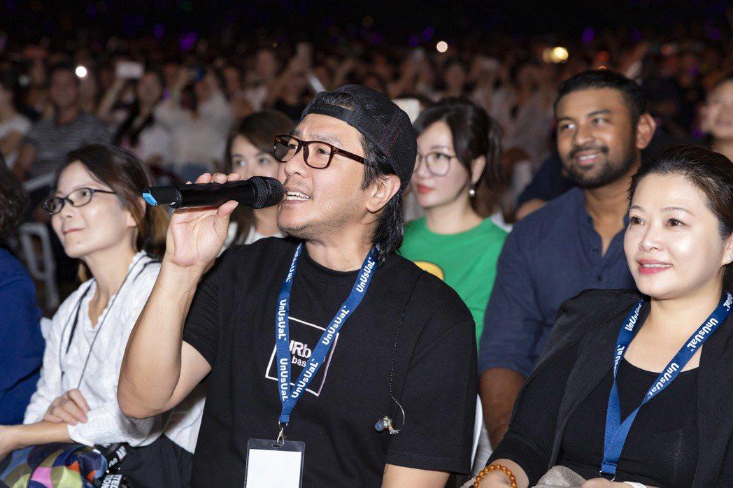 阿杜經喜宴身林俊傑新加坡演唱會。圖/JFJ Productions提供