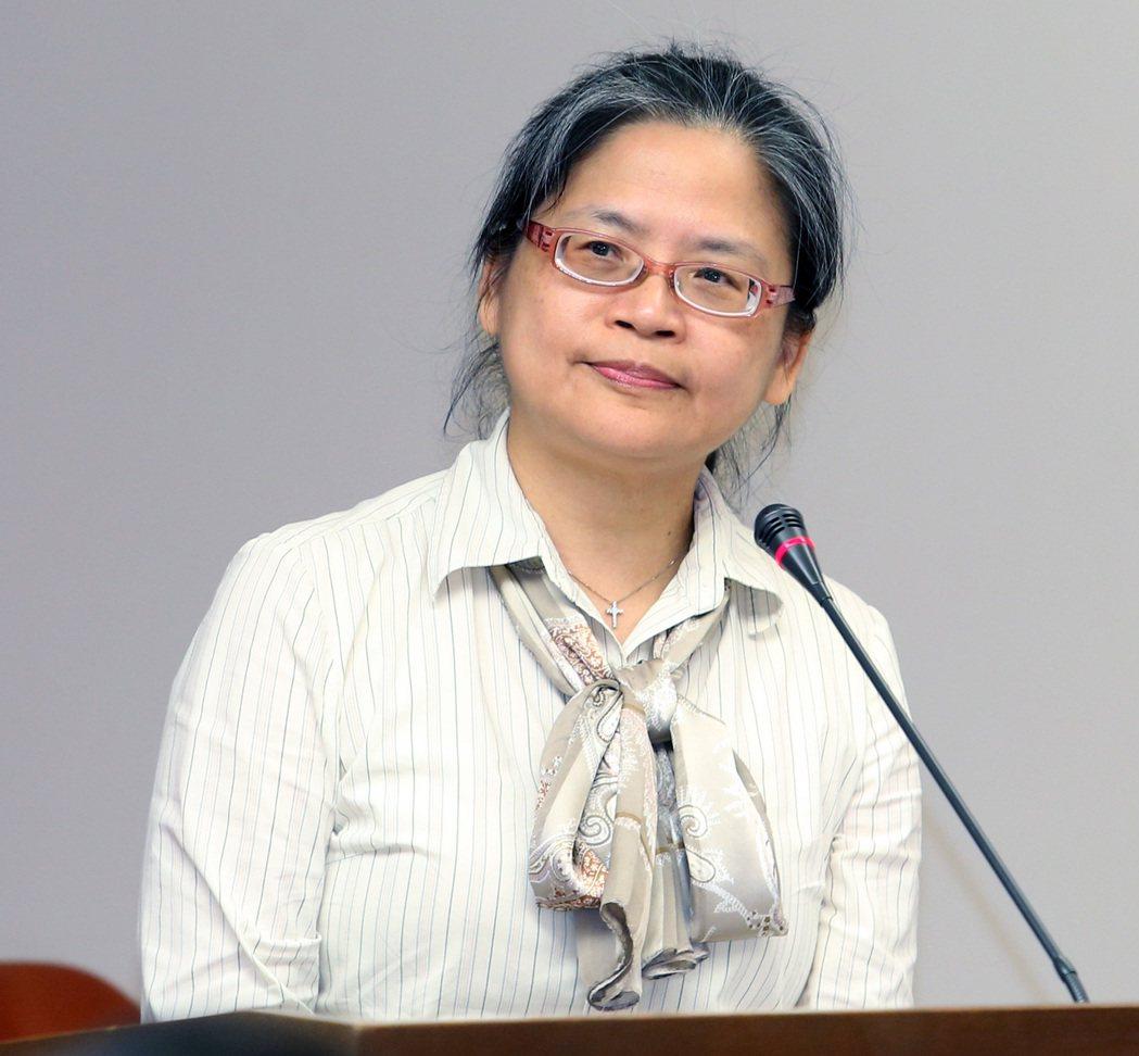 台灣失智症協會秘書長湯麗玉
