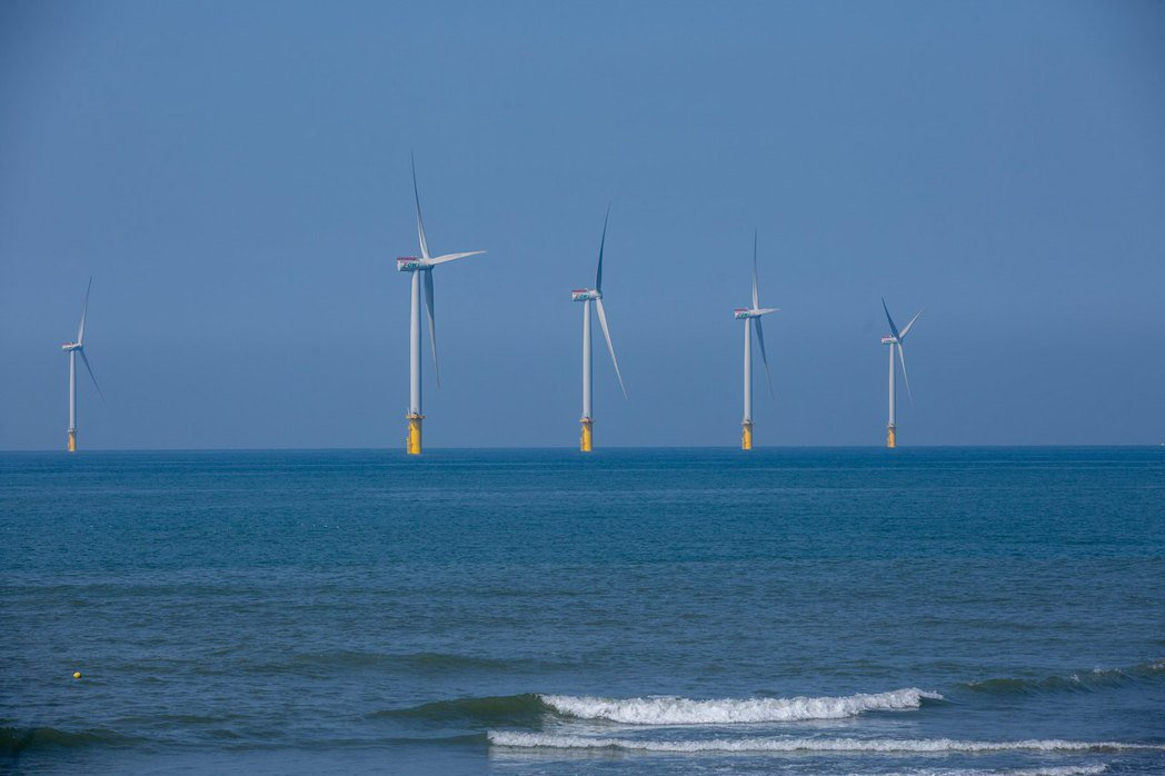 台灣的再生能源突飛猛進,但缺乏至2050年的具體能源進程與規劃。 圖/總統府Flickr