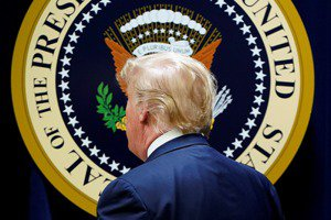 《妖風》襲來:全球民主危機與美中關係的典範轉移