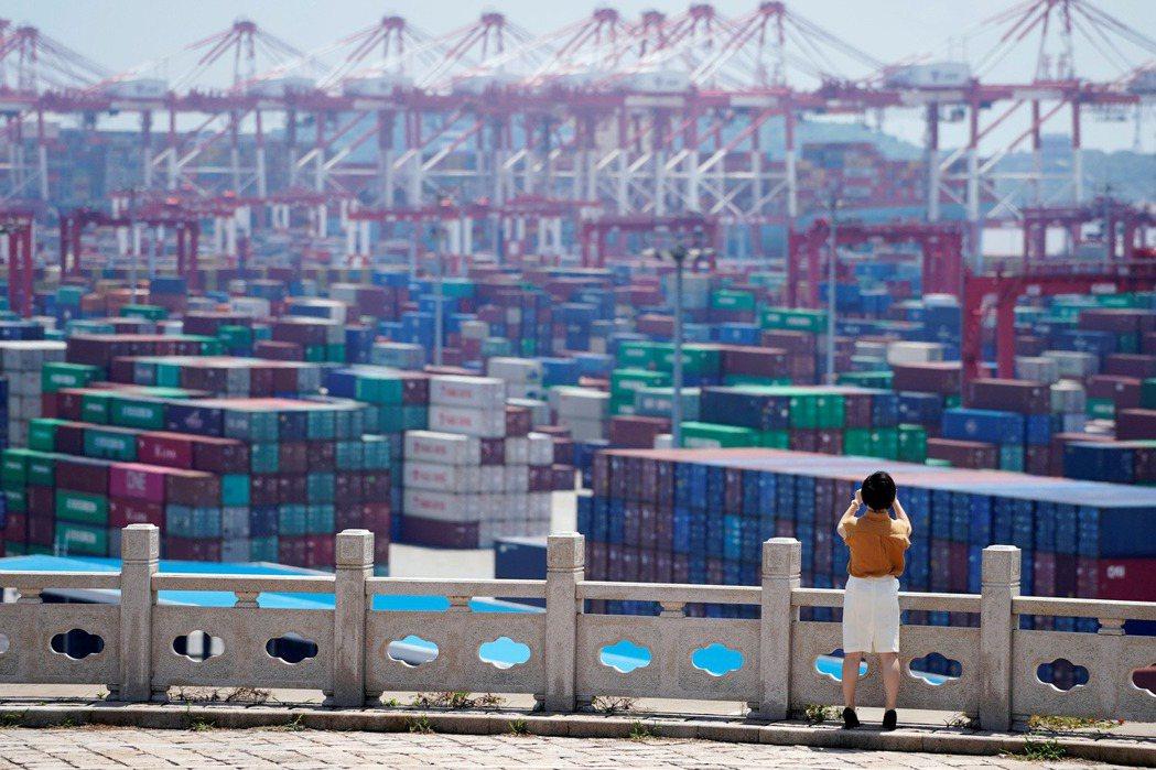 中國目前面臨龐大的金融危機。 圖/路透社