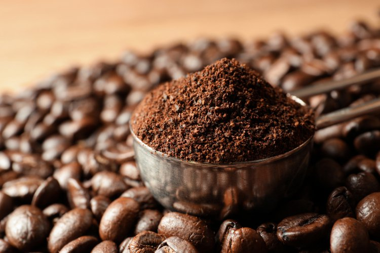 煮完的咖啡渣多數被丟進垃圾筒,其實它們的功能還真不少。圖/常春提供