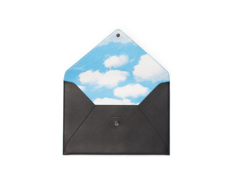 Magritte系列牛皮信封袋,售價20,300元。圖/DELVAUX提供