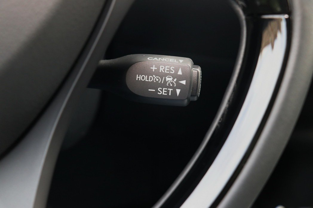 新增ACC跟車功能。 記者陳威任/攝影