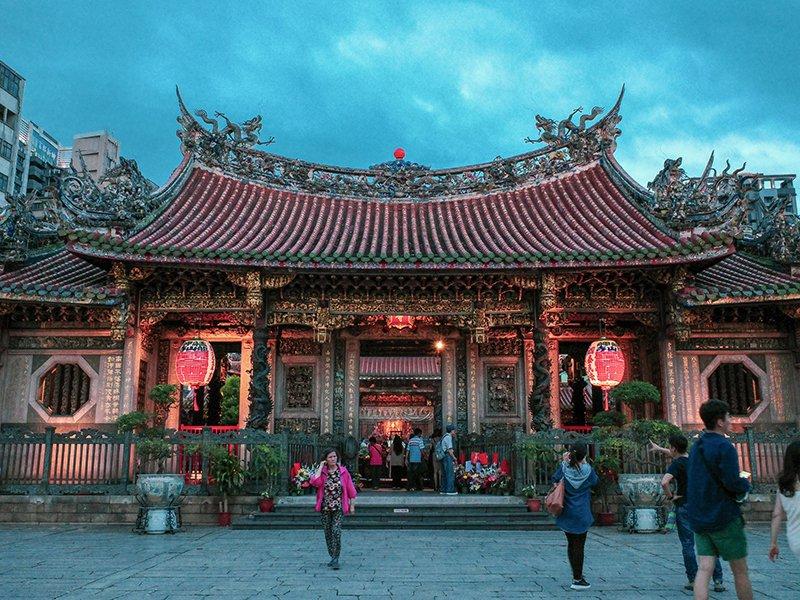 台北龍山寺。 圖/翁家德拍攝