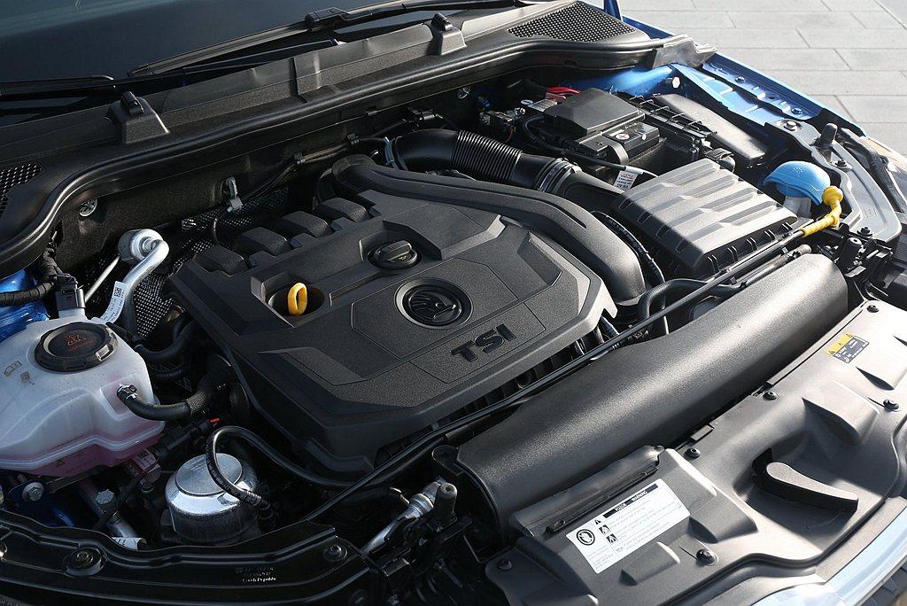 1.5L TSI渦輪引擎有150ps最大馬力、25.5kgm峰值扭力輸出,透過S...