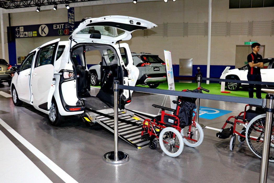 Sienta福祉概念車車展首發登場–Sienta Welcab Concept。...