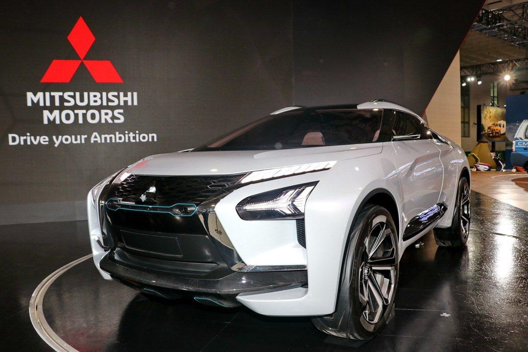 首度登台的高性能電動跨界SUV未來概念車MITSUBISHI e-EVOLUTI...
