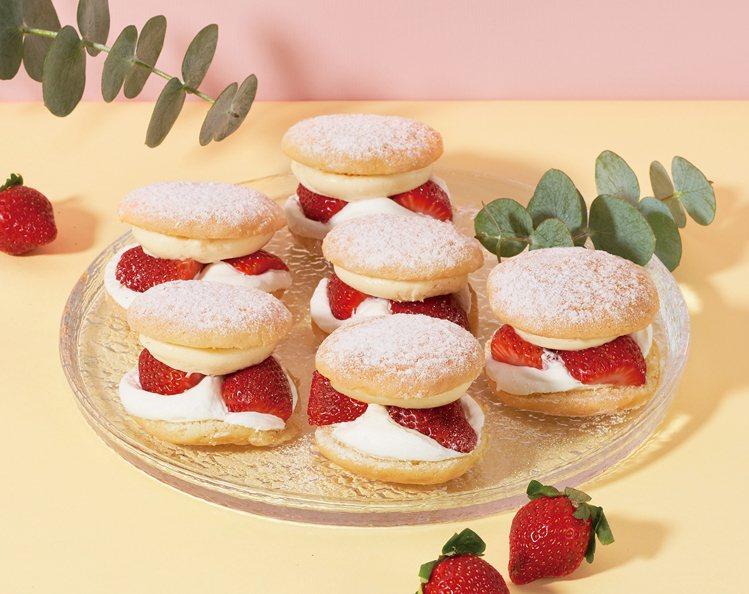 拿破崙鮮草莓布雪,2盒售價850元、8盒售價2,720元,7-ELEVEN生活美...