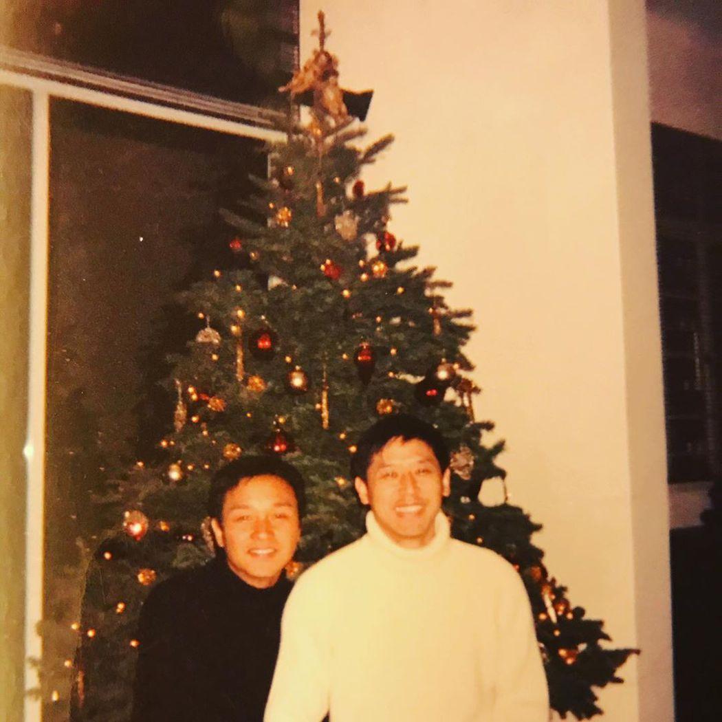 唐鶴德耶誕夜發布與張國榮的舊照,感謝粉絲以他名義行善。圖/摘自Instagram