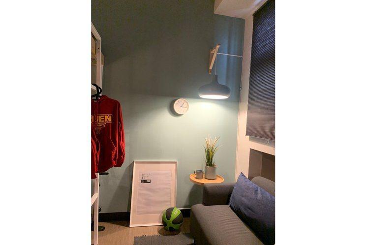 宿舍內的燈光,可以自由切換。圖/輔仁大學提供