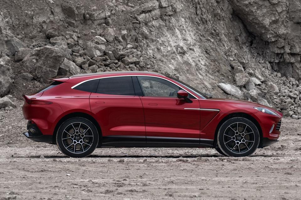 果然還是要靠休旅!Aston Martin要靠DBX讓年銷量翻倍