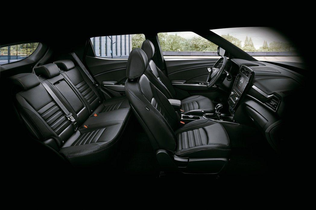 SsangYong TIVOLI車室空間也相當足夠。 圖/Ssangyong提供