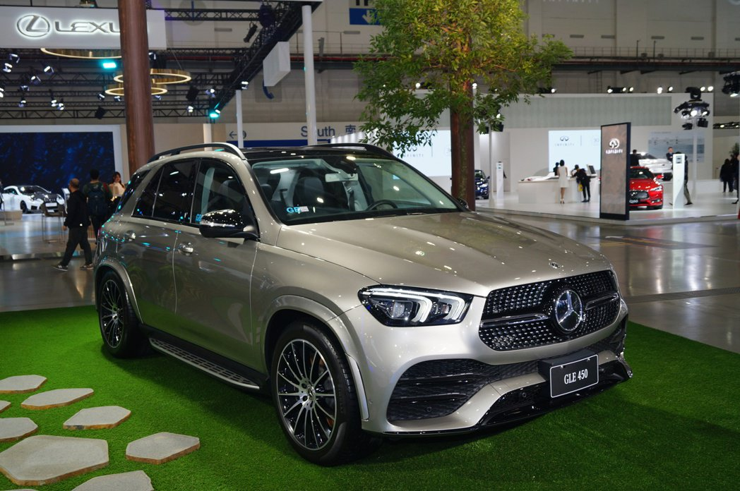 Mercedes-Benz GLE450。 記者趙駿宏/攝影