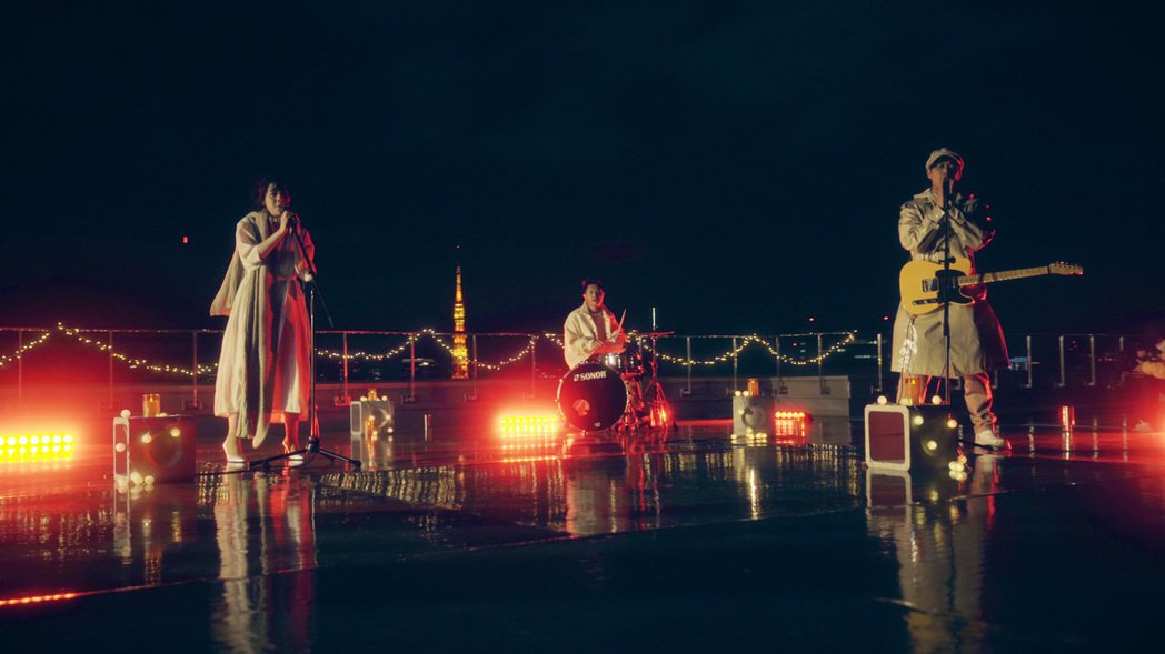 「告五人」於平安夜在日本直播開唱。圖/相信提供