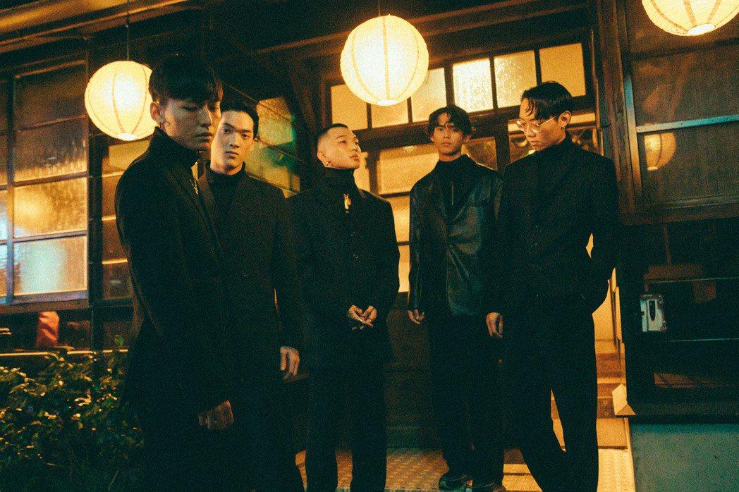 「傻子與白痴」樂團推出新歌「HoydeA」。圖/相知提供
