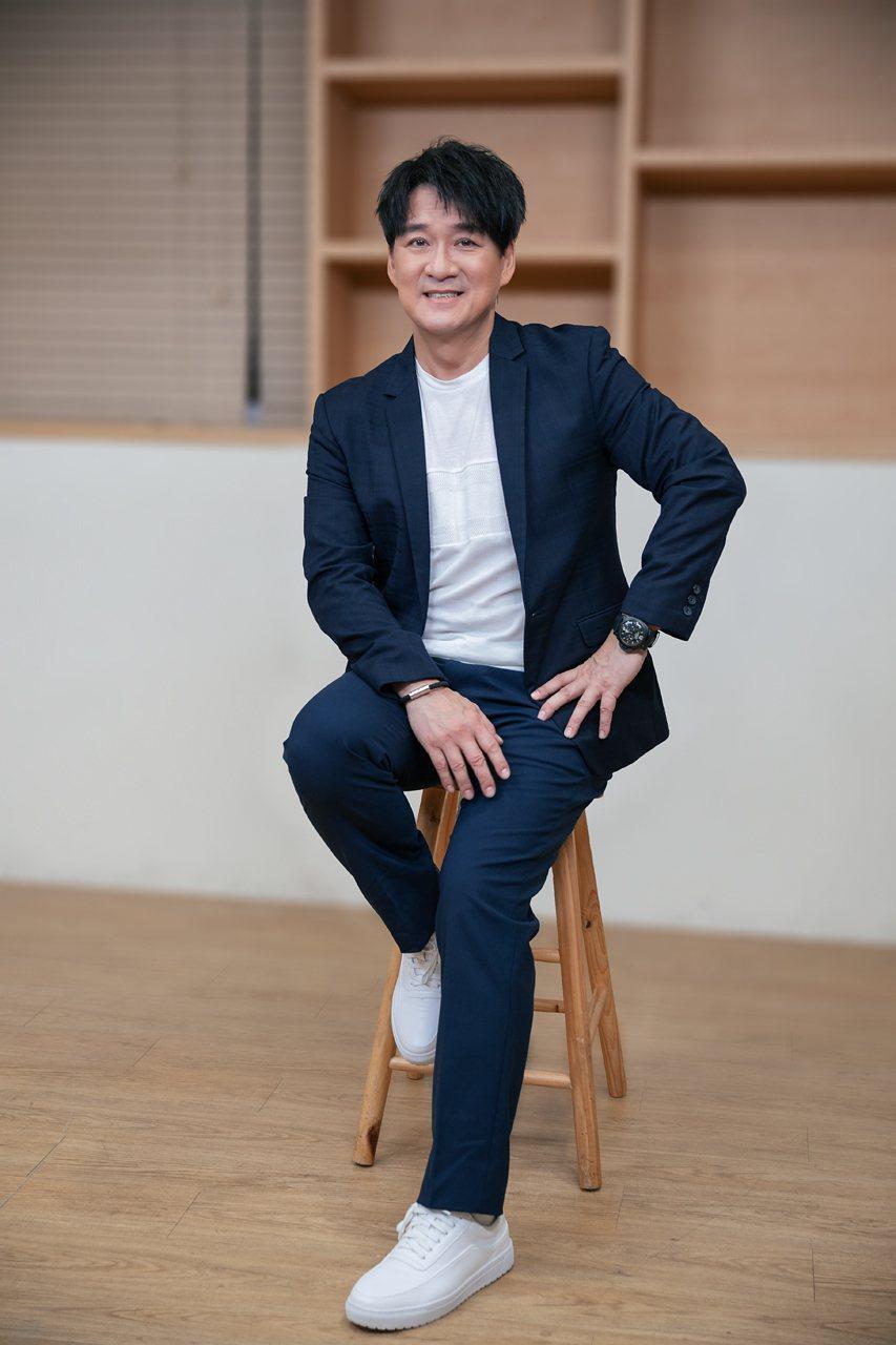 周華健推出新專輯「少年」。圖/滾石提供
