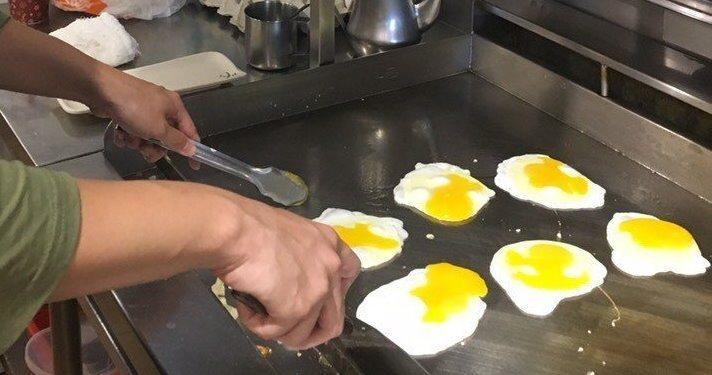 早餐店的油煙惱人,最常遭住戶投訴。聯合報系資料照
