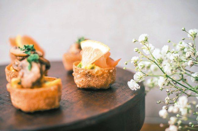 酪梨醬佐燻鮭魚 圖/有鹿文化提供
