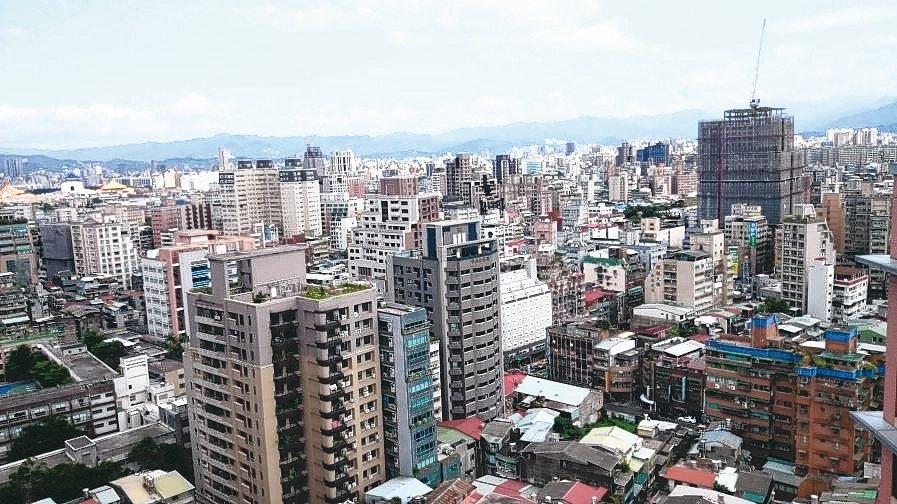 在今年市況緩步回溫下,北台灣預售屋價格普遍仍高於成屋價。 本報系資料庫