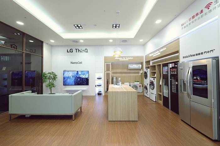 展碁國際日前完成LG ThinQ智慧家電聯網專區,民眾能於現場親身體驗。 展碁國...