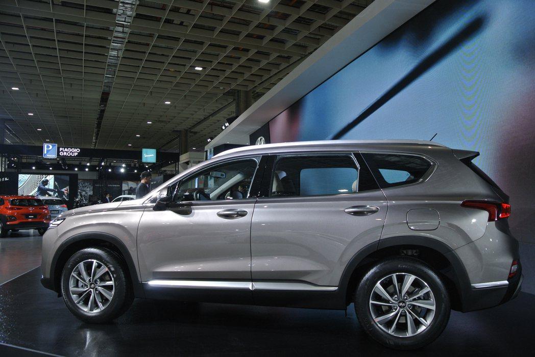 Hyundai Santa Fe。 記者黃俐嘉/攝影