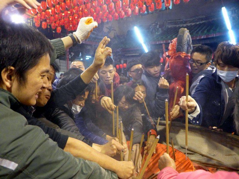 彰化南瑤宮搶頭香活動。 圖片來源/聯合報系資料照