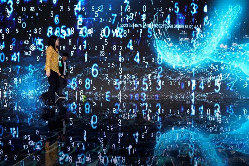 中國於今年10月表決通過《密碼法》,規定所有網路密碼將由國家統一管理。 圖/路透社