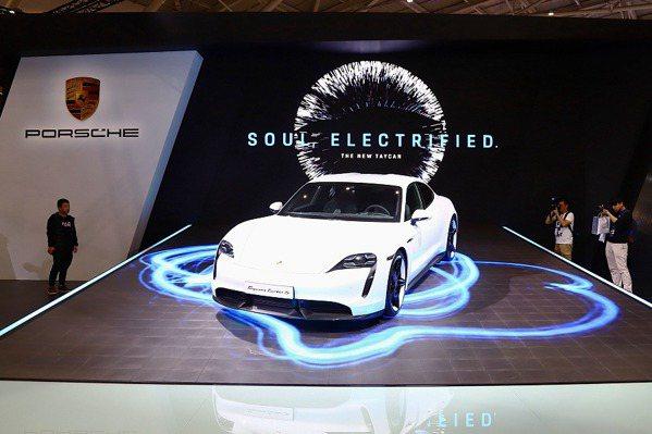 【2020台北車展】進入純電領域!保時捷Taycan全台首演、99X Electric電動賽車亮相