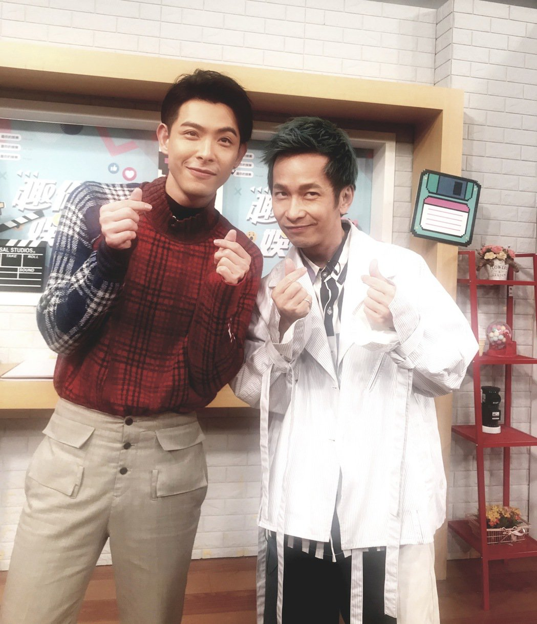 連晨翔(左)、張智成因為打麻將而結為好友。圖/摘自張智成臉書