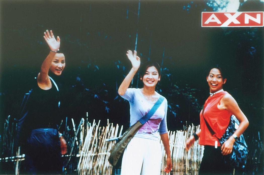 瞿穎(左起)、林熙蕾、吳辰君曾主演華人版「霹靂嬌娃」。圖/AXN提供