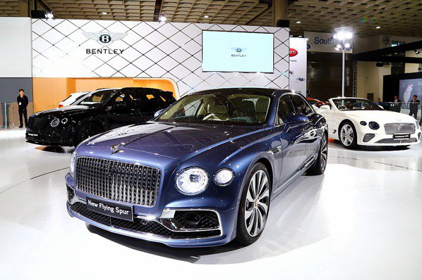 【2020台北車展】奢華優雅!第三代Bentley Flying Spur、最速休旅Bentayga Speed現身