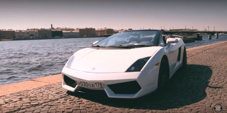 影/幾可亂真的Lamborghini Gallardo山寨車!但後座出賣了它