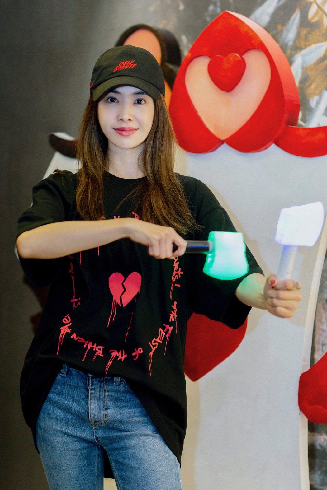 Jolin為來欣賞「Ugly Beauty」台北場的粉絲,準備「Ugly Bea...