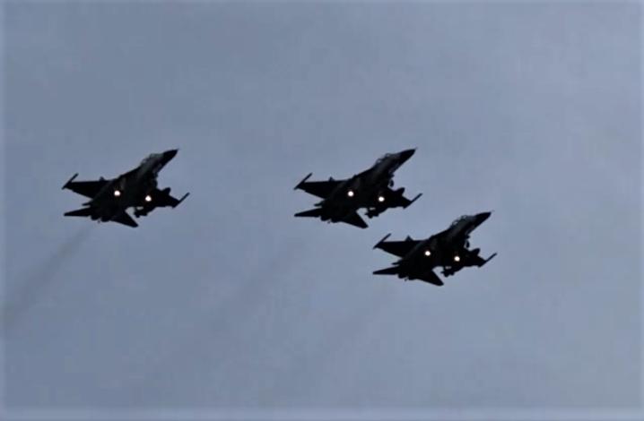 3架IDF戰機本月26日上午8時到墾丁龍磐公園做衝場預演後,31日上午8時還有第二次預演。記者潘欣中/翻攝