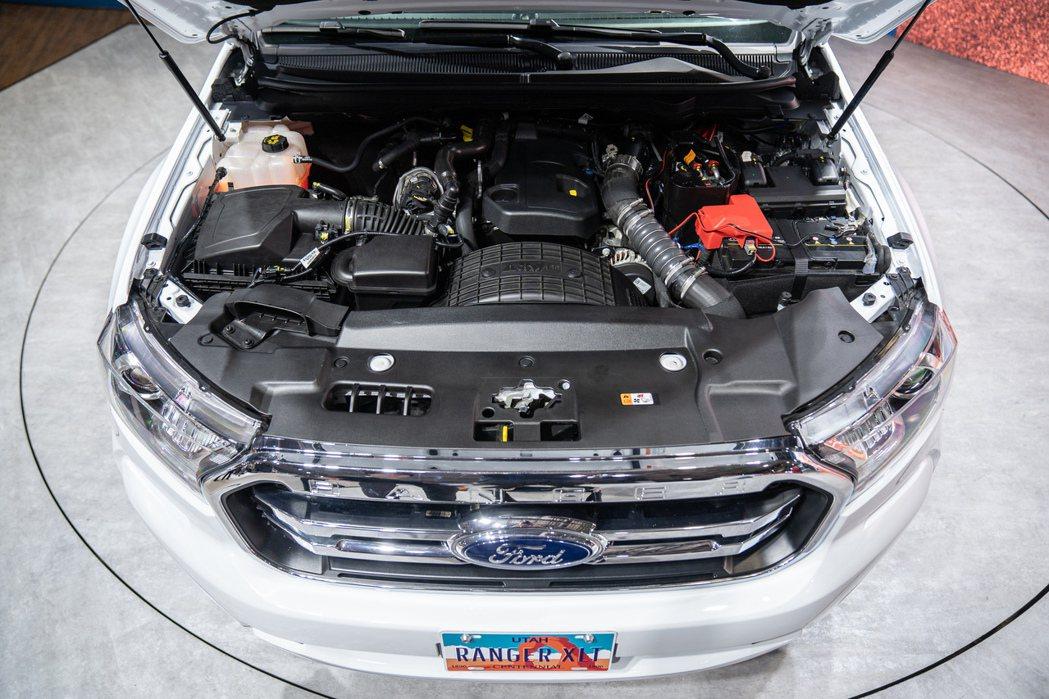 搭載2.0L柴油渦輪引擎及10速手自排變速箱,可輸出170ps充沛動力與42.8...