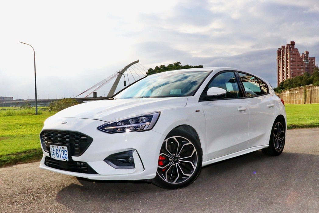 Ford Focus ST-Line Lommel賽道特化版。 記者陳威任/攝影