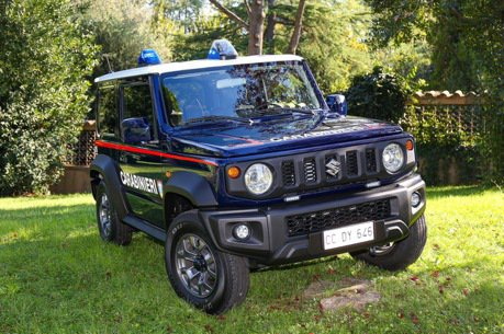 台灣搶不到的Suzuki Jimny 居然加入義大利憲兵警察部隊了!