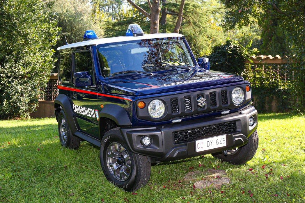 第四代Suzuki Jimny加入義大利的憲兵警察部隊。 圖/摘自carscoo...