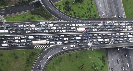 車開太慢也會害死人?快不起來的駕駛怎麼辦?